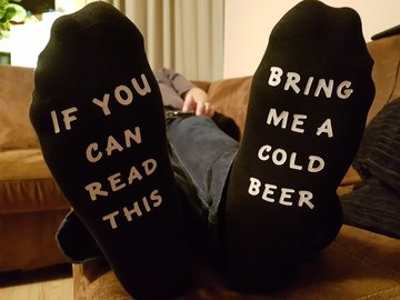 Sokken - If you can read this | Bring me a cold beer