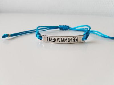Armband - I need vitamine sea - satijnkoord - azuur blauw